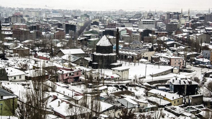A NOBLE CITY WHICH SNOW SUITS SO MUCH: KARS