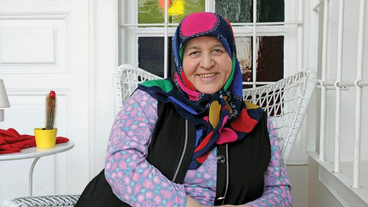 HOW DID AUNT NACİYE BECOME POPULAR?
