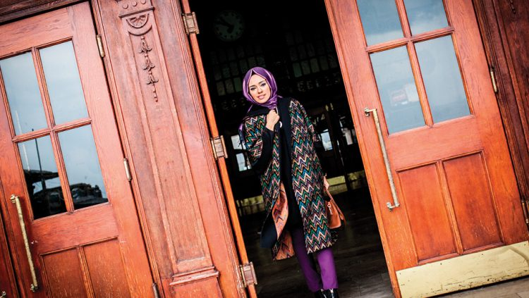 THE HEART OF THE HIJAB FASHION BEATS IN SOCIAL MEDIA