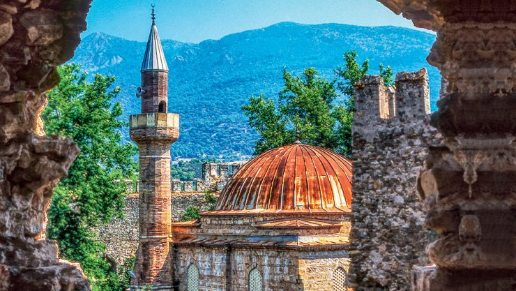 A MEDITERRANEAN ROUTE FULL OF HISTORY AND NATURE