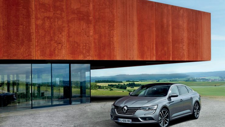RENAULT HAS AN EYE ON THE LUXURY MARKET
