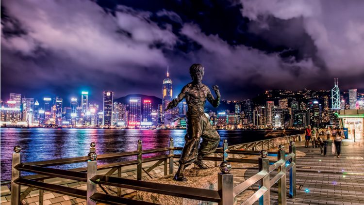 HONG KONG AND BRUCE LEE STATUE