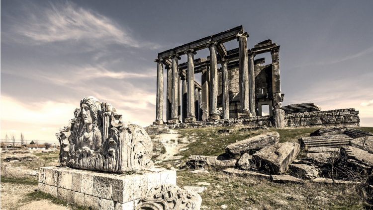 A TRAVEL THROUGH HISTORY IN THE CHILL OF SEPTEMBER