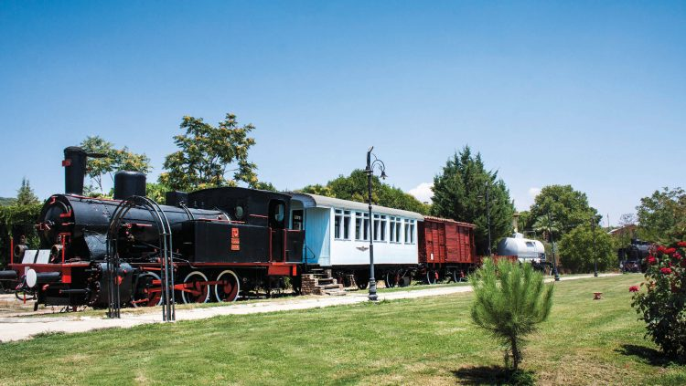 The Large Flow of Visitors to The İzmir Steam Locomotive Museum