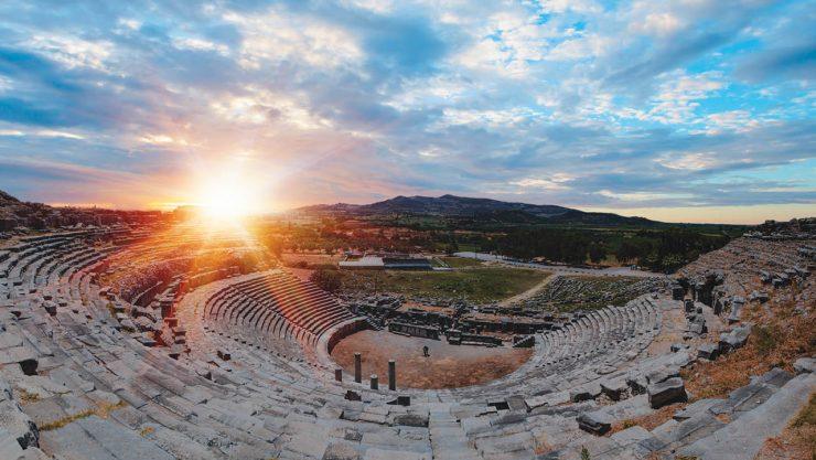 Bilgeleriyle yükselen kent: Milet